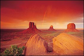 Zonsondergang in Monument Valley, altijd spectaculair