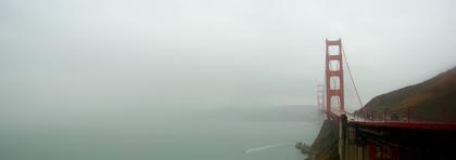 Golden Gate Bridge bij regen en mist…
